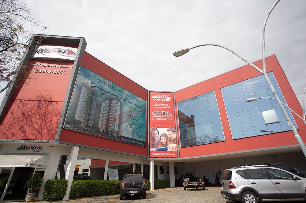 fachada-madia-3